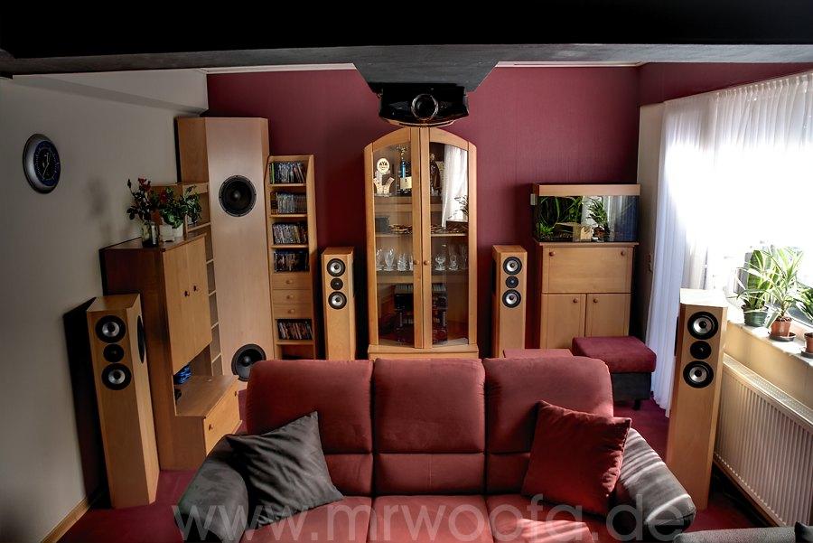 Heimkino wohnzimmer einrichtung raum und m beldesign for Einrichtung 3d